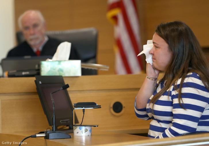 Camdyn Roy, Conrad Roy 16 éves húga a bírósági tárgyaláson