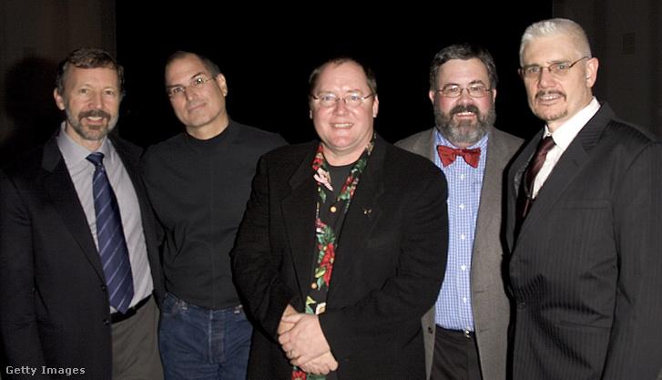 Dr. Ed Catmull, Steve Jobs, John Lasseter, Steve Higgins és Ron Magliozzi 2005-ben a Museum of Modern Art kiállítás megnyitóján.