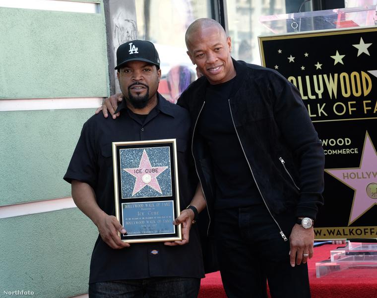 Ice Cube is csillagot kapott a Hírességek sétányán...