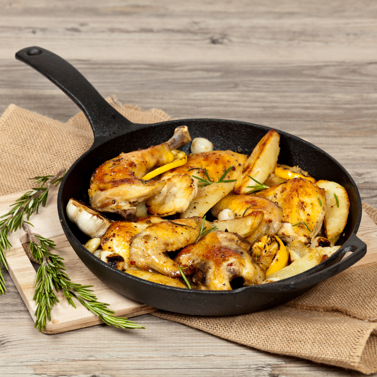 rozmaringos-serpenyos-csirke