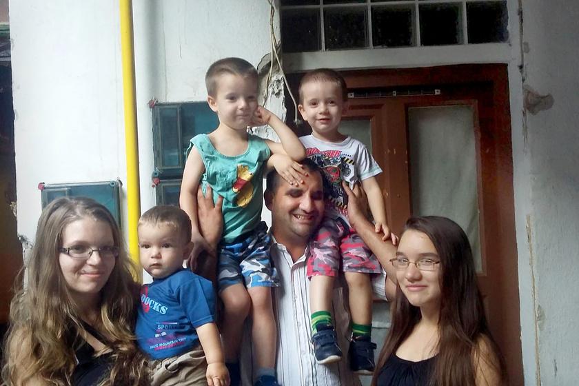 Jocó és családja