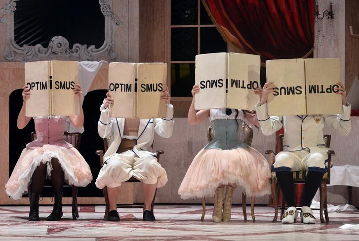 Candide (a Theater Pforzheim társulata)