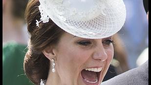Katalin hercegné szokatlanul sokat mutatott magából átlátszó csipkeruhájában