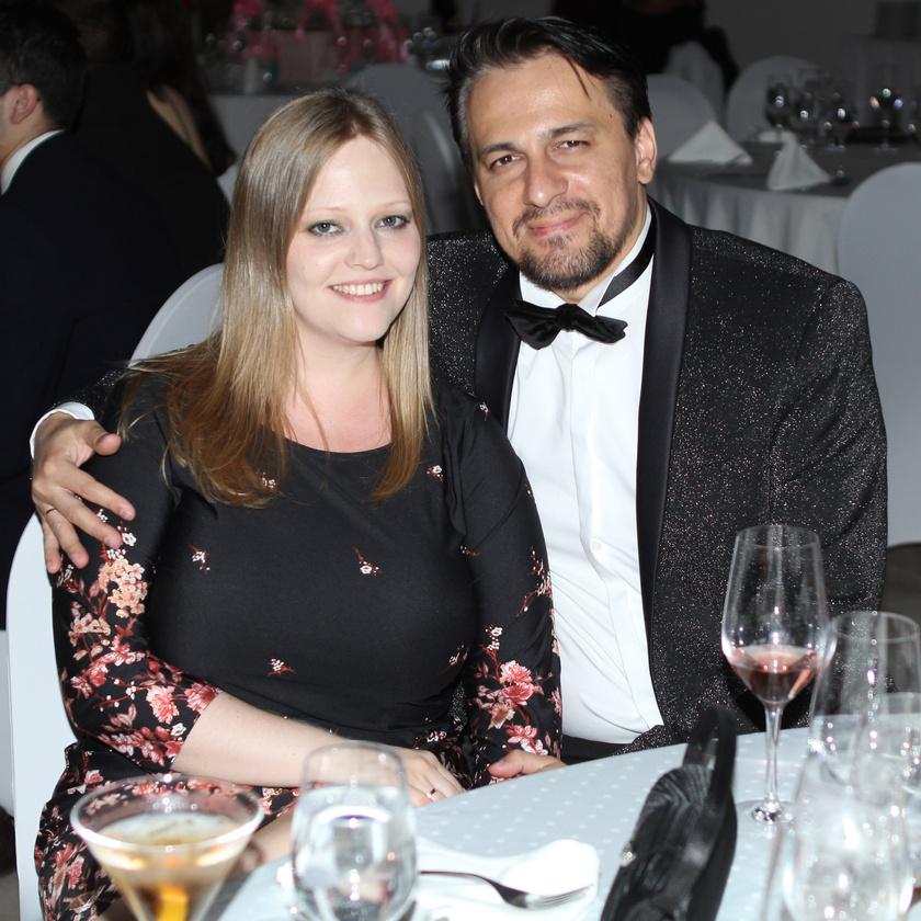 Tabáni István és felesége a Nemzet Szépe június 17-i döntőjén.