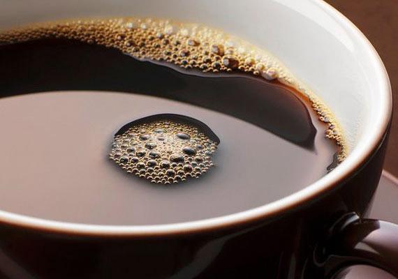 A repülőgép csapvizéből készült kávé még szalmonellás is lehet.