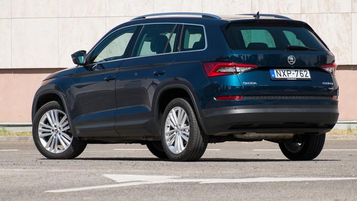 Hátulról nem eléggé skodás, simán lehetne Audi is például