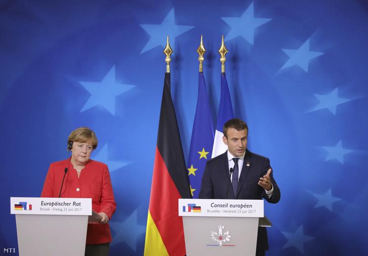 Merkel és Macron sajtótájékoztatója Brüsszelben.