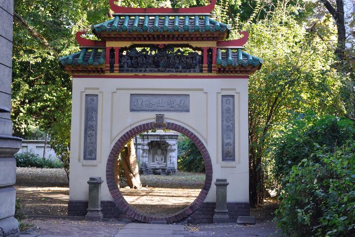 Knorr-villa (majd Hopp-villa) történeti kertje (Budapest 6, Andrássy út 103.)