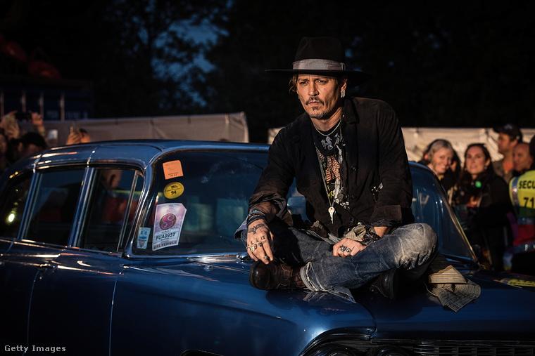 Depp egy régebbi filmjét, a The Libertine-t promózta, ugyanis a fesztiválon rengeteg régi mozit is levetítenek