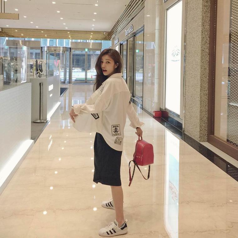 Lure-nak nem csak a külseje, hanem a munkája is érdekes: amikor épp nem shoppingol, akkor belsőépítészként ténykedik.