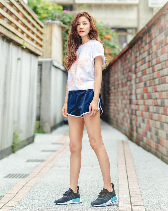 A nő a tajvani Friday magazinnak fedte fel titkát, ami tulajdonképp annyiból áll, hogy egészséges diétát folytat és csúcsra járatja a hidratálást.