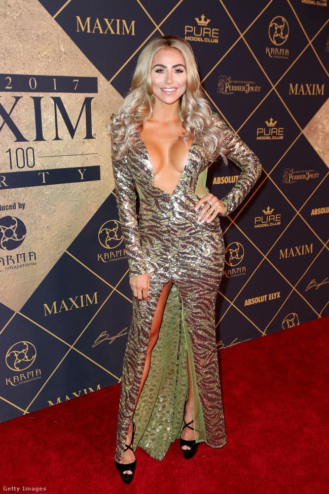 Khloe Terae Dél-Afrika Maxim-kiadványának szerepelt a címlapján modellként, hát nagyon reméljük, hogy ott valami jobb ruha volt rajta