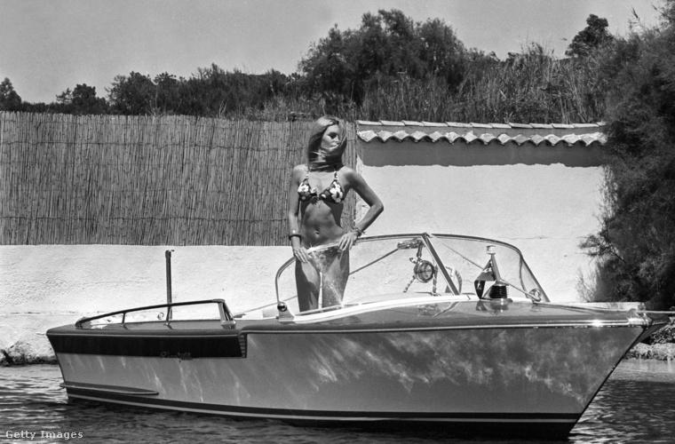 Azzal, hogy Brigitte Bardot elkezdett bikinit hordani az ötvenes-hatvanas években, Európában is egyre népszerűbb lett ez a nyári viselet