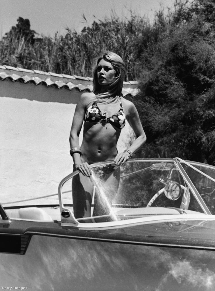 Az 1934-ben született színésznő-énekesnő egy szexi és példaadó szimbólum volt ebben az időszakban