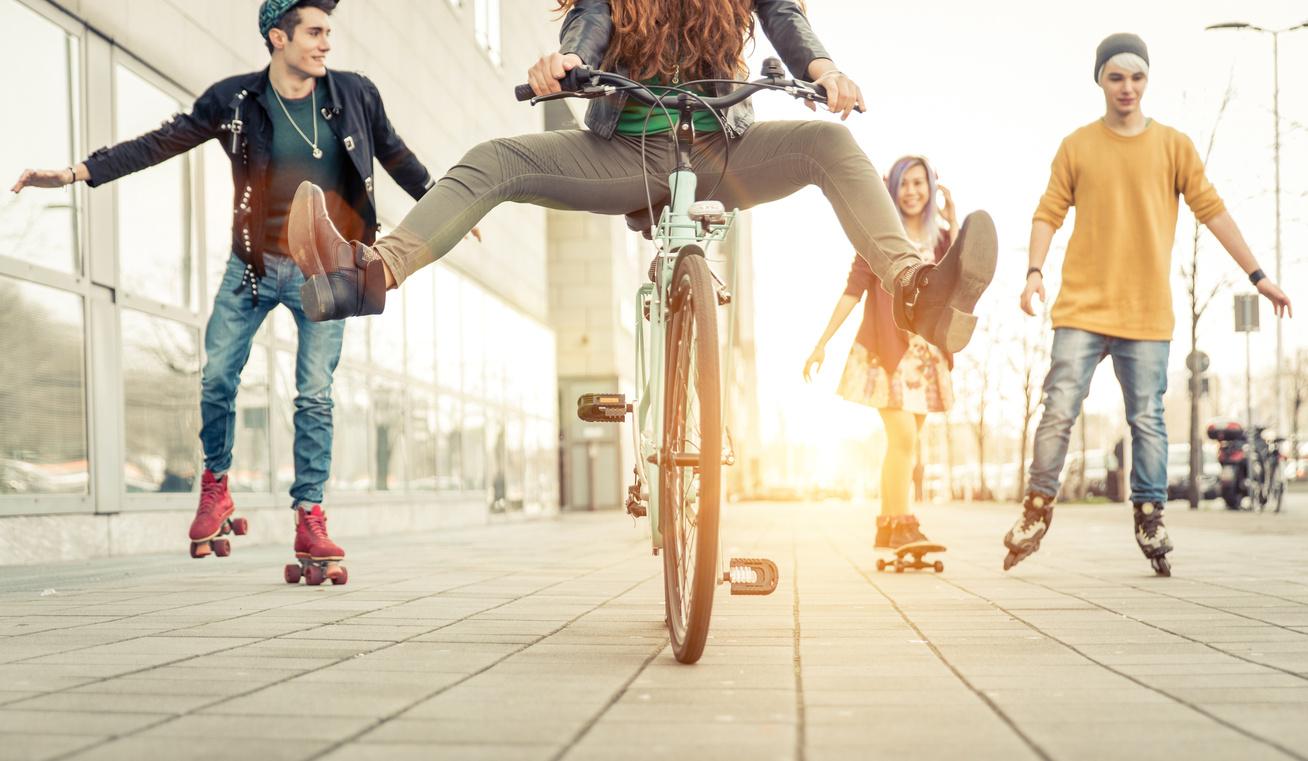 nyari-edzesforma-görkorcsolya-bicikli-kerekpar