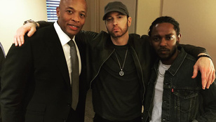 Nézze meg, ahogy Eminem behódolt a szakálldivatnak