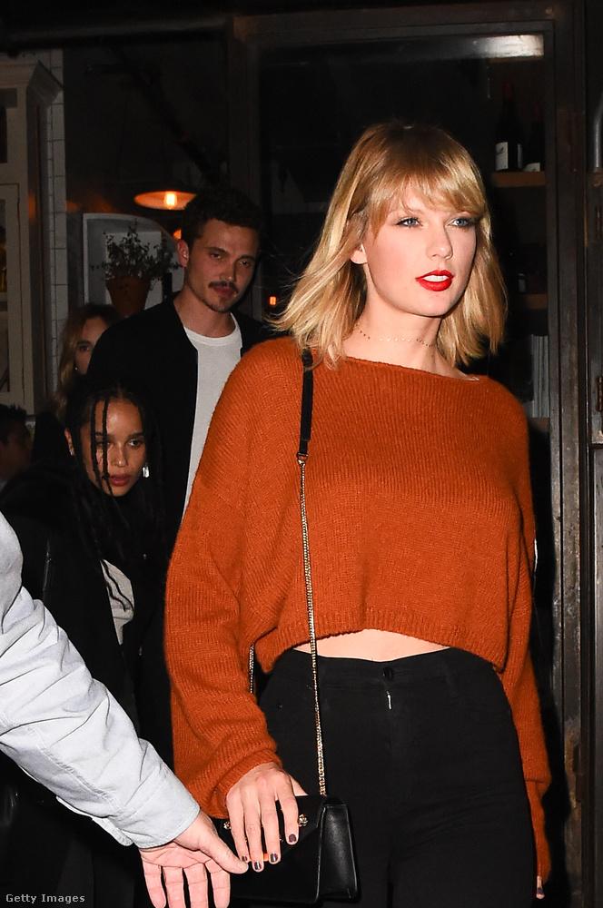 Taylor Swift is hajlamos a kedvességével lenyűgözni a rajongóit, úgyhogy nem meglepő ez a történet sem:Nem voltam nagy rajongója, amíg nem találkoztam vele