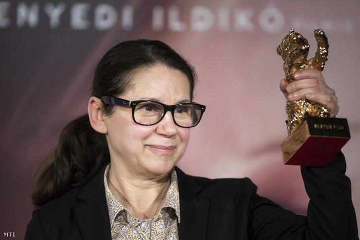 Enyedi Ildikó az Arany Medve-díjjal.