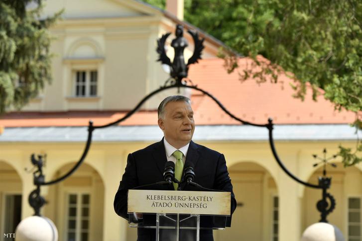 Orbán Viktor a Klebelsberg-kastély átadásán