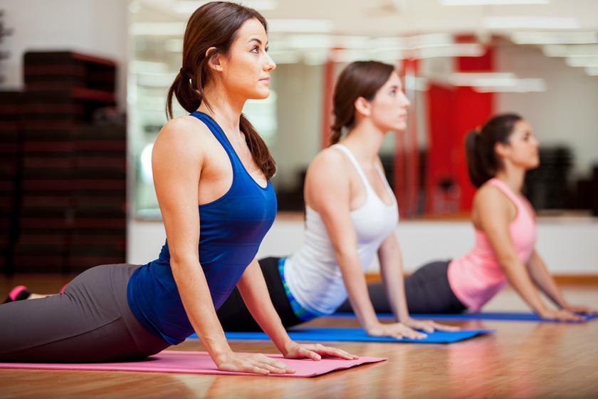 Lehet jógázni gerincproblémával? Megkérdeztük a fizioterapeutát, mennyi ajánlott