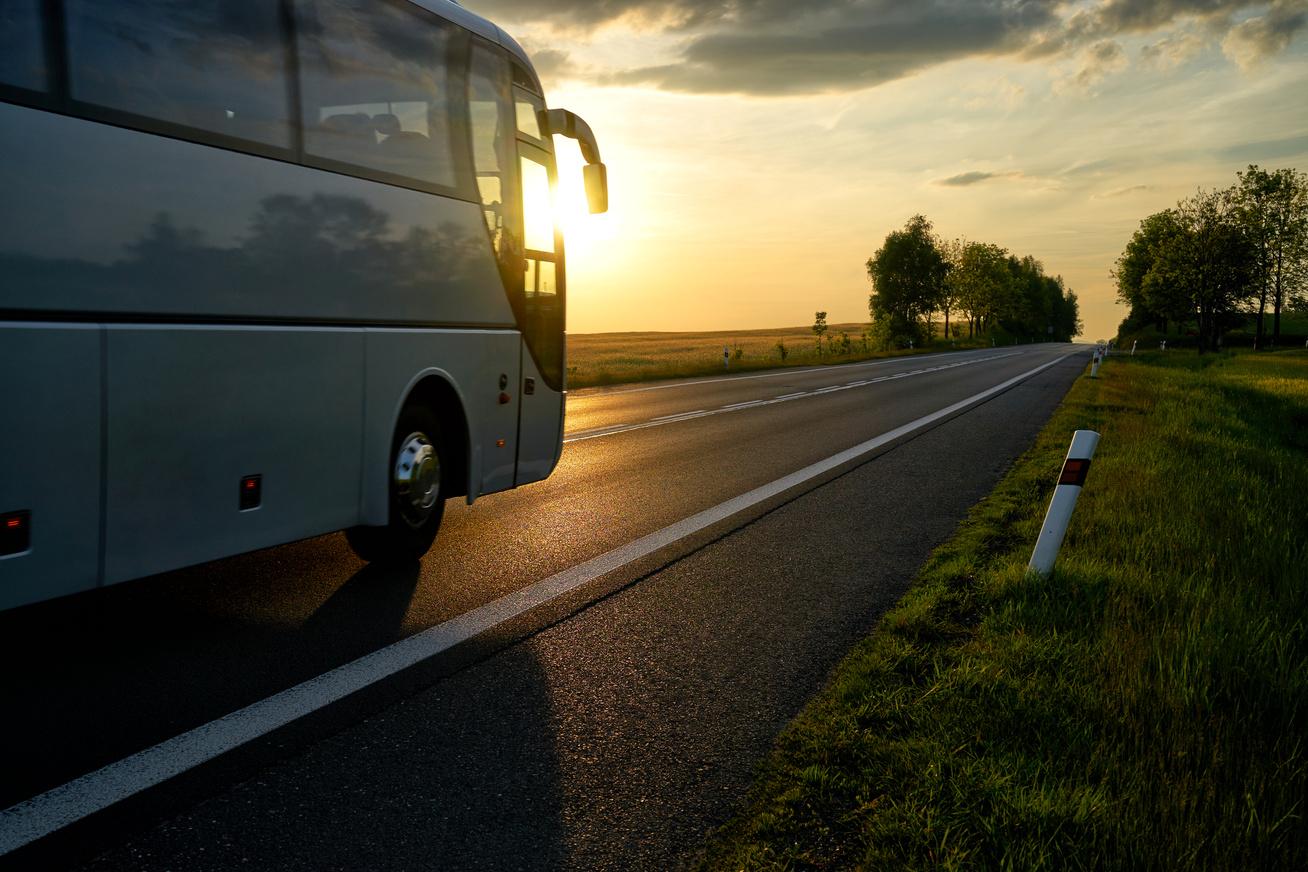 tavolsagi busz