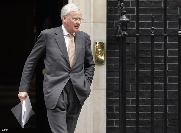 2009: John Varley a Downing Street 10-ből távozóban