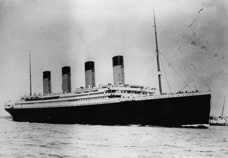 A Titanic 1912. április 15-én süllyedt a mélybe.
