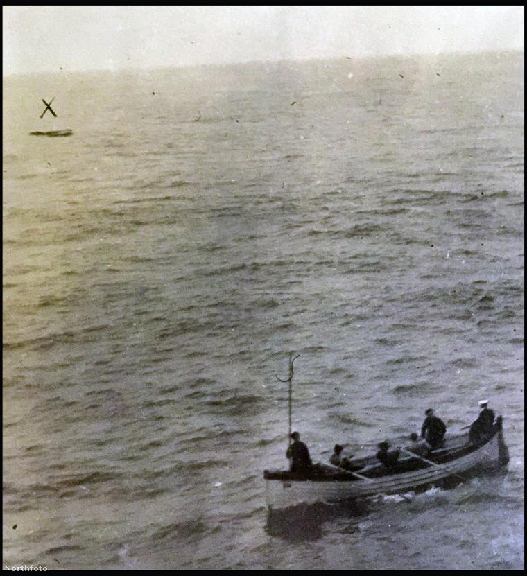 A Titanic feltételezett utolsó mentőcsónakja.