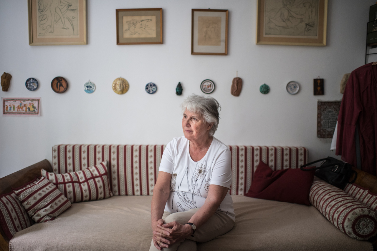Tőry Klára fotótörténész, aki a felbukkant album kapcsán mesélt nekünk az édesapjáról és a híres ősöket felvonultató Tőry családról