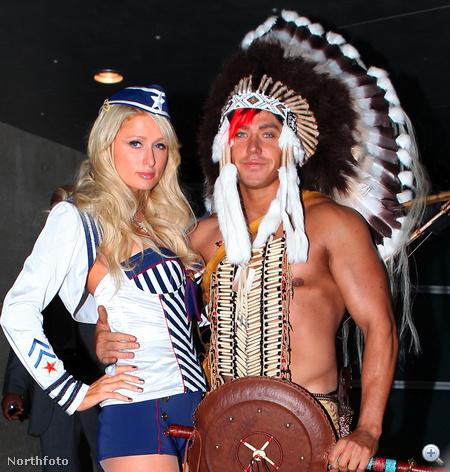 Paris Hilton indiánjelmezes haverját úgy hívják, hogy Cy Waits. Gondoltuk, hátha érdekel valakit