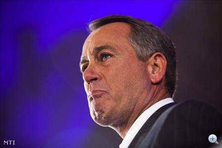 John Boehner, a képviselőházi republikánus frakció vezetője könnyes szemmel mond beszédet Washingtonban 2010. november 2-án, az amerikai félidős kongresszusi és kormányzóválasztások éjszakáján. A Republikánus Párt többséget szerzett a képviselőházban, és Boehner lesz az alsóház elnöke.