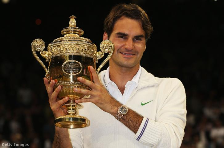 Federer 2012-ben, mint Wimbledon férfi bajnoka