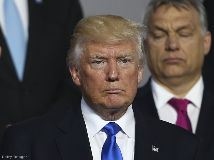 Donald Trump és Orbán Viktor a NATO országok vezetőinek május 25-i brüsszeli csúcstalálkozóján
