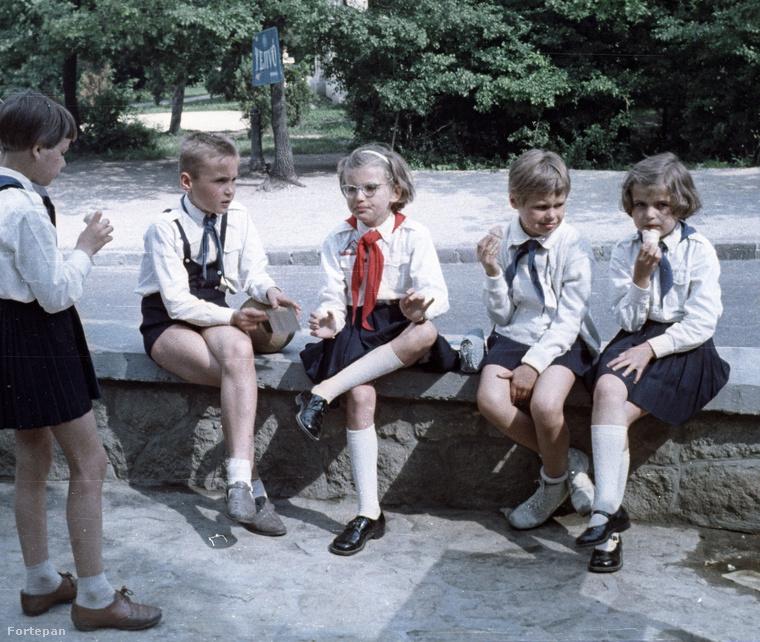 Ismét úttörők, most már 1965-ből
