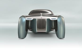 A Rolls-Royce nemet mond a hibrid hajtásra