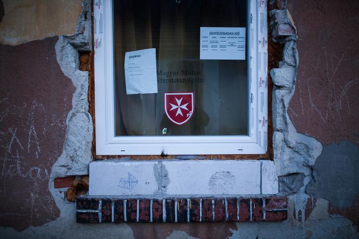 A Magyar Máltai Szeretetszolgálat irodája a miskolci számozott utcákban 2016. március 8-án