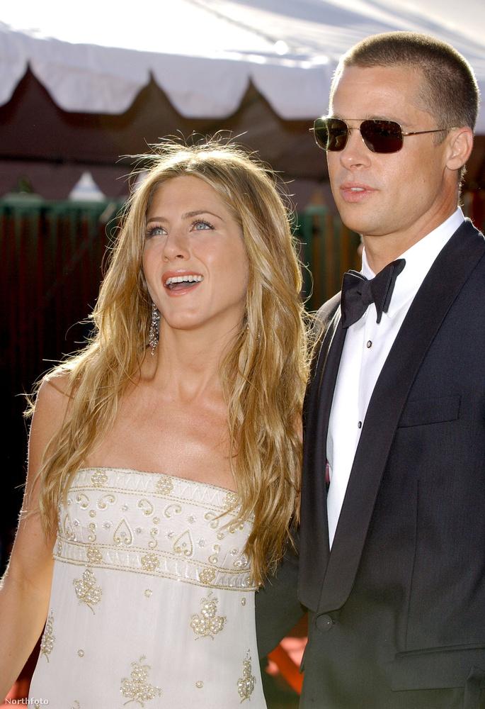 Jennifer Aniston1998-ban jöttek össze és 2000-ben megvolt a lagzi is, állítólag igazi celeb mulatság volt Malibun.Aztán jött a Mr