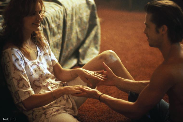 Geena DavisTekintve, hogy 1990-ben már járt Juliette Lewis-szal, sohasem vállalták fel kapcsolatukat.Érdekesség: a Thelma és Louise forgatásán ismerkedtek meg és ez a film indította el Pitt hollywoodi karrierjét.