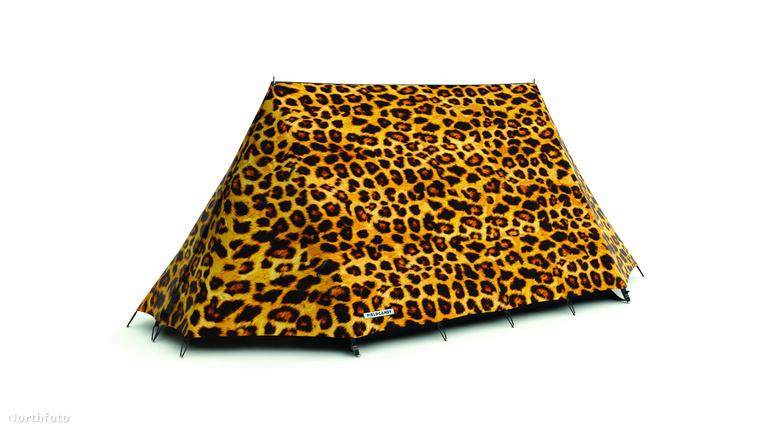 Mennyivel egyszerűbb egy leopárd mintás izét keresni, mint egy sorozatgyártott seszínű sátrat?! Sokkal.