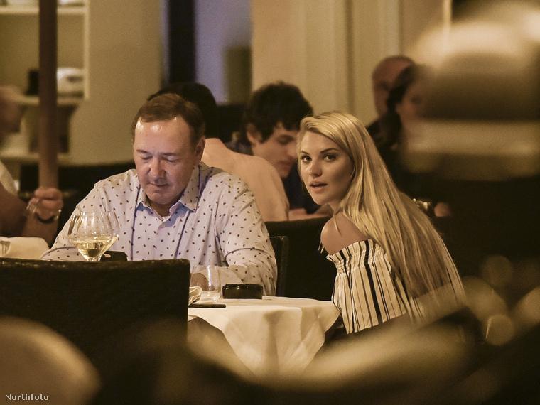 A dátum július 6., a helyszín Róma, egy Pierluigi nevű étterem, a szereplők pedig: Kevin Spacey és egy ismeretlen, szőke hajú hölgy