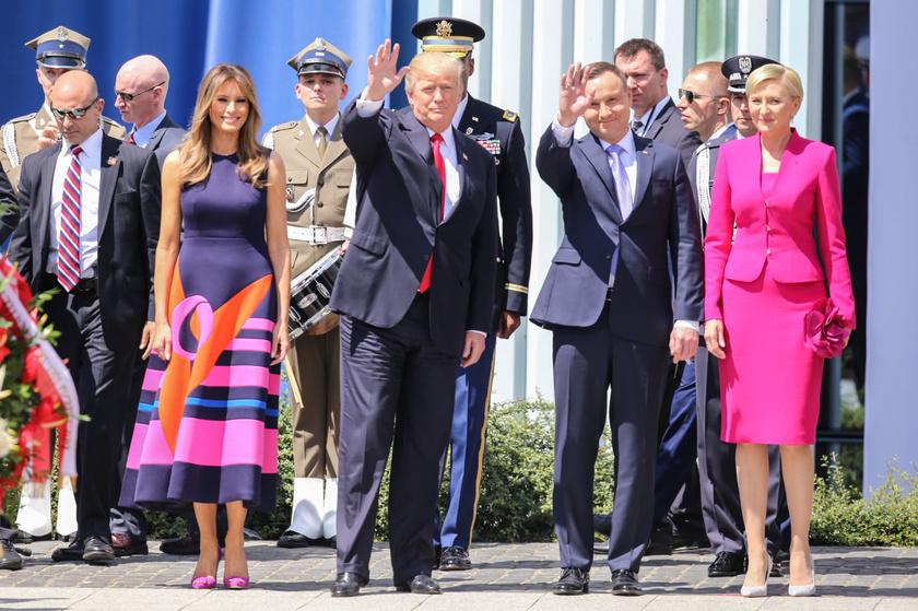 Lengyelországi látogatásukkor sem bírta leplezni a jókedvét.