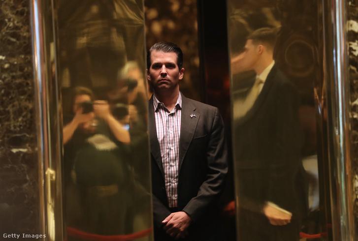 Ifjabb Donald Trump a Trump Towerben