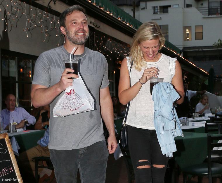 Öröm, boldogság és áradó szeretet uralkodik jelenleg Ben Affleck és Lindsay Shookus friss kapcsolatában.