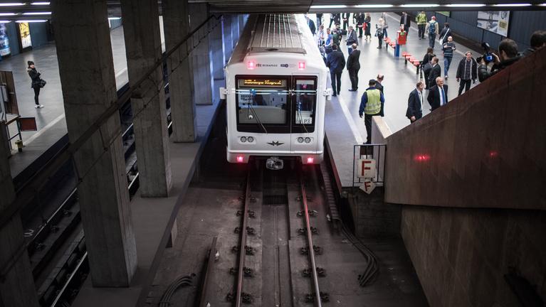 Hatmilliárdra perli a BKV az orosz Metrovagonmast