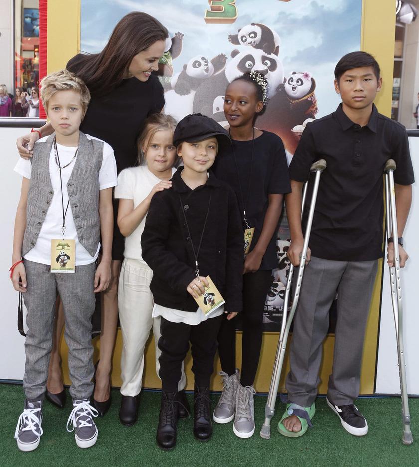 Angelina és a gyerekek a Kung Fu Panda bemutatóján