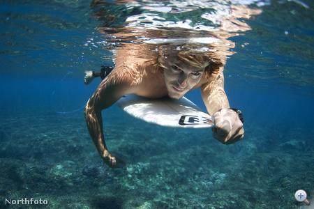 Ez a vízalatti portré Fijin készült róla