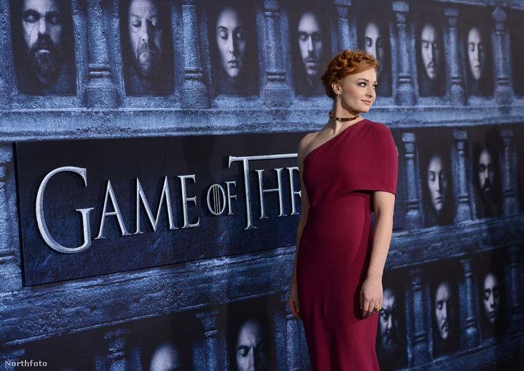 Nem úgy, mint Sophie Turner, azaz Sansa Stark.