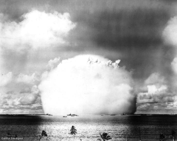 Egy 1956-os robbanás gombafelhője ugyanitt