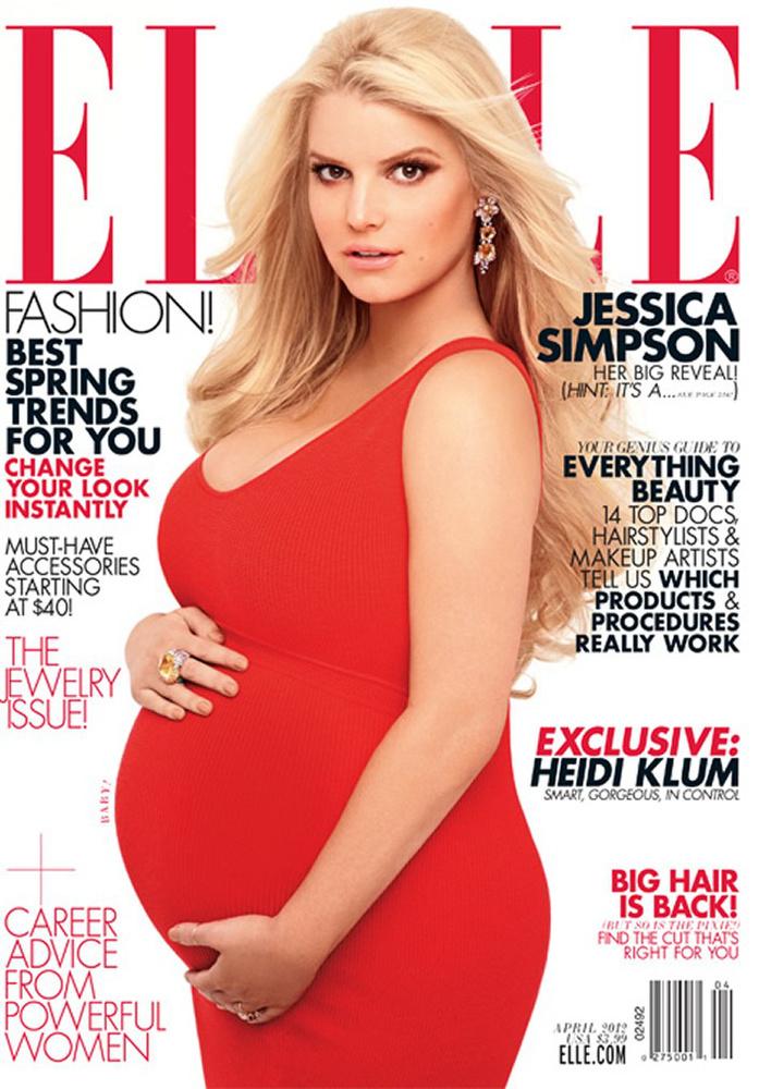 Jessica Simpson, 2012Ha már Spears és Aguilera is levetkőzött terhesen, akkor az akkoriban már bőven leszállóágban lévő énekesnő, Jessica Simpson sem tehetett mást