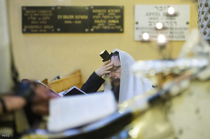 Oberlander Báruch a Budapesti Ortodox Rabbinátus vezetője a Chabad Lubavics irányzat magyarországi megteremtője